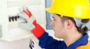 Comment-choisir-un-bon-électricien